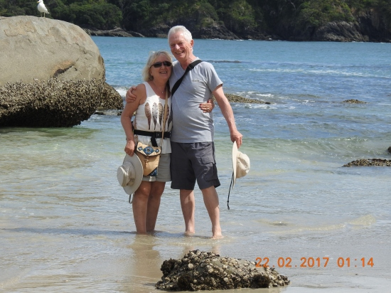 Marilyn & Alf relaxing, Matai Bay, Doubtless Bay, NZ